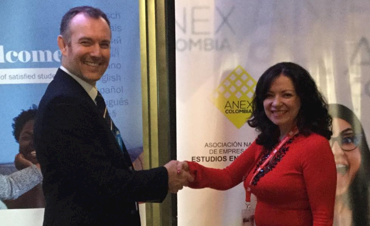 IALC signs MoUs with Mexican and Colombian agency associations